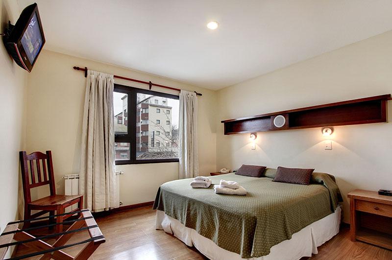 Hotel Cambria: a